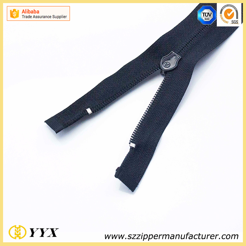 No. 5 Waterproof Nylon Zipper A/L O/E Bright Surface with Thumb Puller