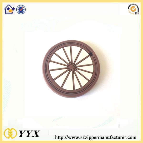 fashion clothing rubber sticker silicone decorative garment logo