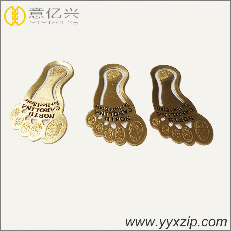 custom metal badge feet shaped lapel bookmark